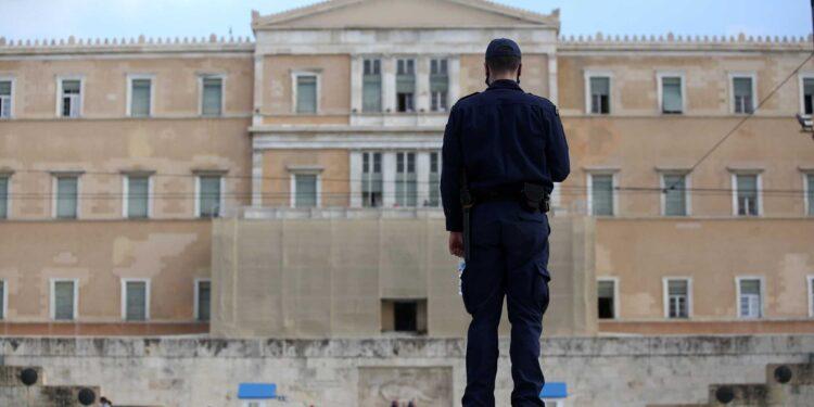 Όλα τα νέα μέτρα για Αττική και Θεσσαλονίκη που ανακοίνωσε ο Χαρδαλιάς